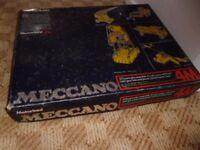 Meccano Set 4M (set with motor)