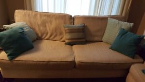 """Matching Couch & Loveseat & 32"""" TV"""