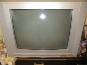 27 inch electrohome colour television