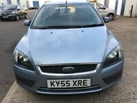 FORD FOCUS 1.6 PETROL ZETEC ,VERY LOW MILEAGE ,FULL SERVICE HISTORY