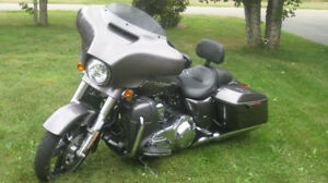 Like new 2015 HD Street Glide Special