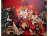 Vinyl Oasis box set