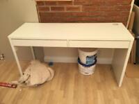 Computer desk, IKEA modern white 6 months old cost £120