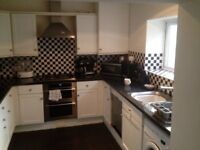 Stoke -- Double rooms to let in shared house.