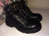 Dunlop safety steel toe boots black size 8.5 uk