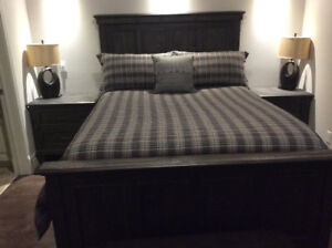 Weathered charcoal bedroom set