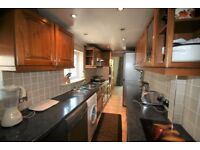 4 bed semi-detached house Hendon
