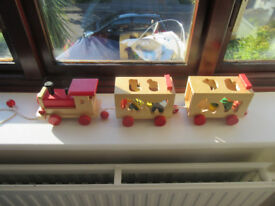 Wooden Pull along Train on string with Zoo Animals Lovely Condition