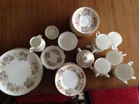 "Bone china Wedgwood ""Lichfield"" tea service (>50 pieces)"