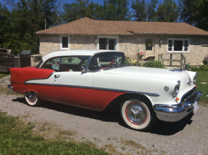 1955 Oldsmobile Super 88 Holiday Coupe