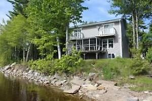 Must See! Waterfront Home/Cottage on Oromocto Lake