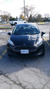2014 Ford Fiesta S **low KMs**Extended warranty included***