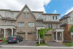 Immaculate Starter Townhouse In Desirable Whitby Location.