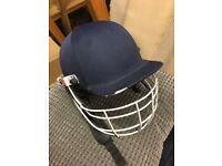 Unisex cricket helmet