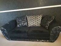 Brand new sofas only used for 2 months quick sale no time wasters. In good condition