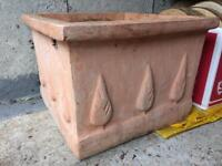 Square teracotta planter/pot