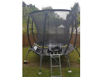 Trampoline 8ft good price