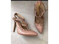 Stunning size 6 heels