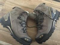 Solomon Hiking boots