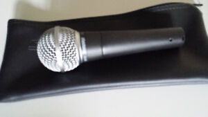 Shure sm58 with case