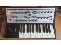 Moog Sub Phatty Analogue synth