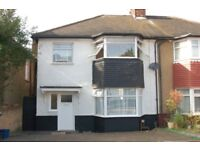4 bedroom house in Richmond Gardens, Hendon, NW4