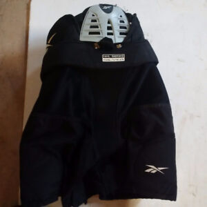 Reebok junior small pants