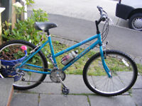 """RALEIGH LADIES 26"""" WHEEL BIKE IN GREAT WORKING CONDITION 18"""" FRAME"""