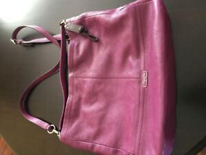Coach leather purse (new condition)$80
