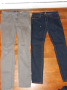 2 pantalons 26-27