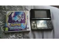 Nintendo 3ds black with pokemon moon