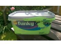 B&Q funky colours grasshopper 2.5L emulsion