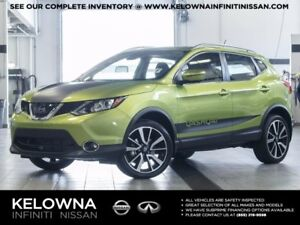 2017 Nissan QASHQAI SL All-wheel Drive with Platinum Package