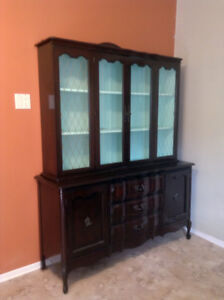 1970s china cabinet / side board