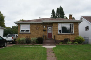SOLD FAST by The Donatis Brothers! - 746 SELKIRK ST S - $229,900