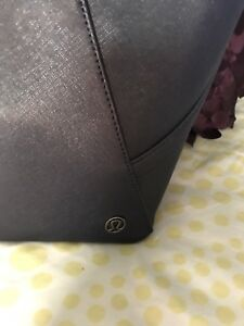Lululemon navy purse