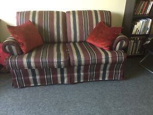 2 love seats  good condition!!