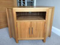 Oak corner TV cabinet excellent condition