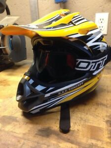 Used Small CKX snowmobile helmet with Scott googles