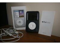 i Pod Classic 160 GB sixth generation. Silver with Black leather case, Ear plugs and Charger