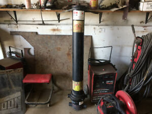 Dump truck  cylinder- new