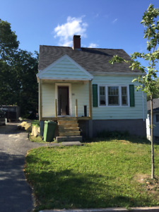 3 BR Fully Renovated House in Fairview