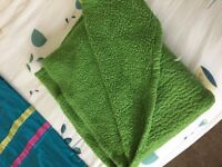 Green Bed Throw
