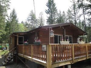 Cabin for sale - near Radium Hot Springs
