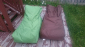 """2 beanbag chairs, indoor/outdoor, """"Outbagg"""""""