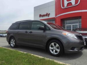 2015 Toyota Sienna ONE OWNER, LOCAL TRADE!