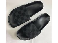 Louis Vuitton Men's Slides Sliders Sandals Black Damier