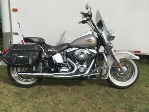 2007 Heritage Classic - exceptional condition.