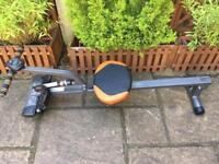 Rowing machine excellent condition