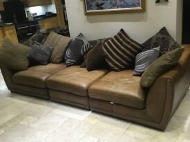 Good condition. Can be positioned in various ways including L shape